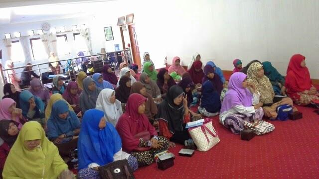 Pengurus Sekolah Ibu yang hadir