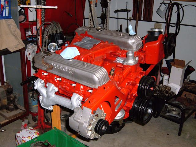 Monte's 66 425 from his Riviera. Only the 1966 425 Riv and 66 GS Skylark had red engines.