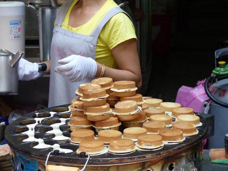 Danshui et une impressionnante collection de moules à gâteaux - P1240777.JPG