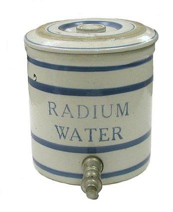 Radioaktyvus geriamas vanduo