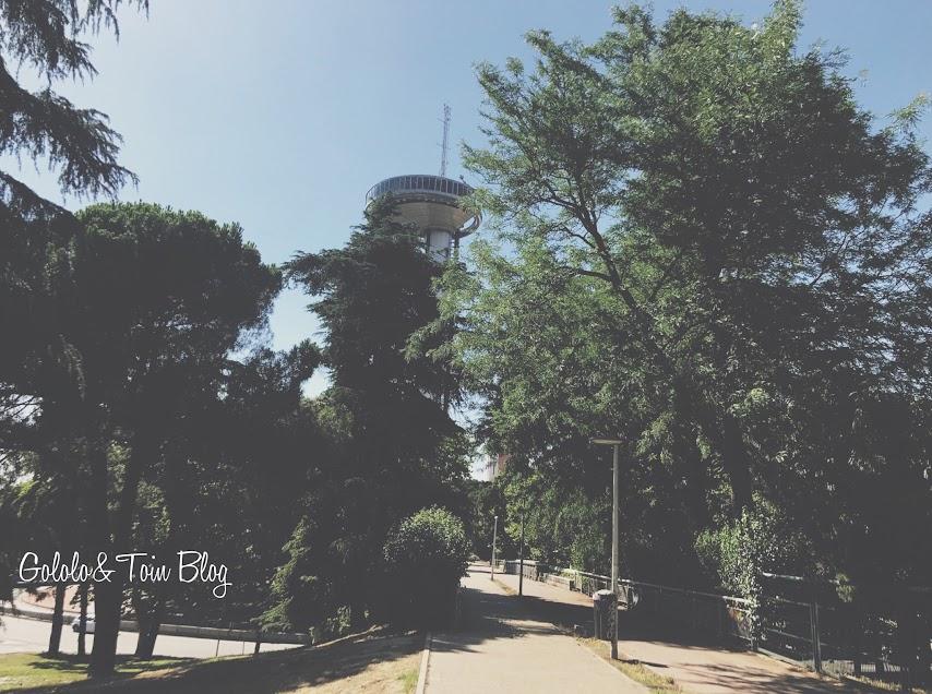 Faro de Moncloa en Madrid