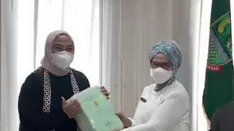 Amankan Aset, BPN Serahkan 83 Sertifikat Aset Pemda ke Bupati Karawang