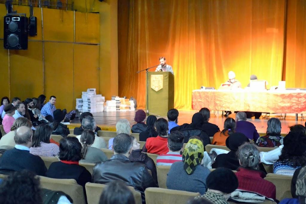 070 Avva Justin Parvu si Sfintii inchisorilor (Teatrul Luceafarul, Iasi, 2014.03.19)