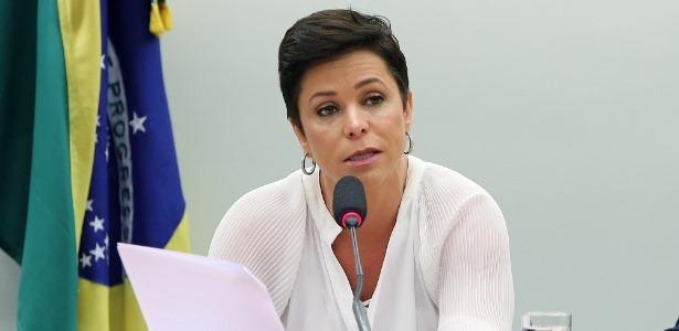 dep-cristiane-brasil-ptb---rj-durante-audiencia-na-camara-1515441754350_615x300