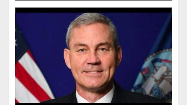 Hallan muerto al jefe de operaciones de la Marina de los Estados Unidos en Medio Oriente