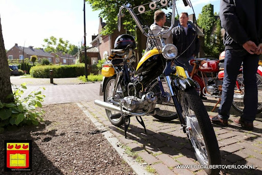 oldtimer bromfietsclub De Vlotter overloon 02-06-2013 (26).JPG