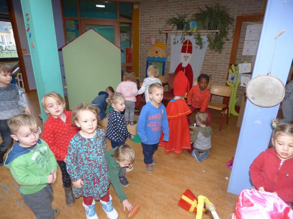 Sinterklaas op bezoek - P1060435.JPG