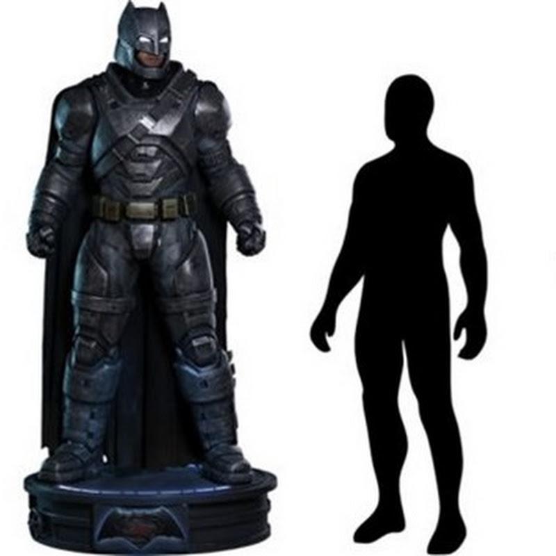 """Über zwei Meter große Batman """"Actionfigur"""" kostet $8000"""