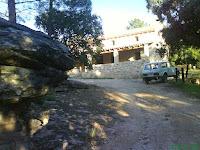 entrada al refugio