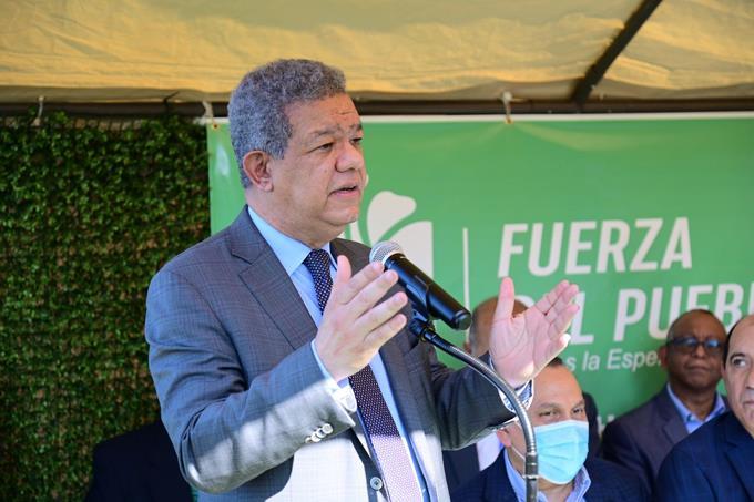 Leonel establece lazos en Chicago en preparación para apertura de nueva oficina de Funglode