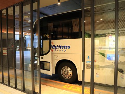 西鉄高速バス「桜島号」夜行便 4012 西鉄天神高速BT到着 その2
