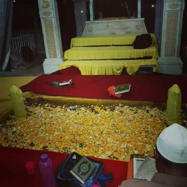 Sausana makam Almarhum Sultan Abdul Halim malam pertama dialam Barzakh