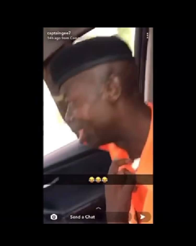 Traffic officer calls on Jesus after a drift driver dealt with him for allegedly entering his car without any offence (video So Hilarious)