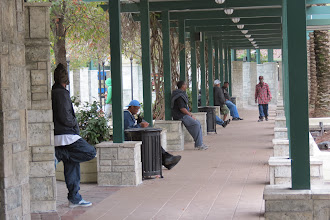 Photo: Tampan keskustan bussiasema. Busseja käytti lähinnä me sekä muutamat tummaihoiset paikalliset