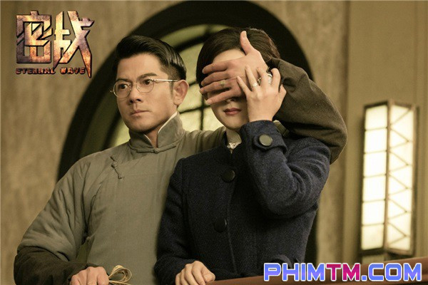 Triệu Lệ Dĩnh đánh úp người hâm mộ bằng loạt ảnh đầy quyền lực - Ảnh 7.