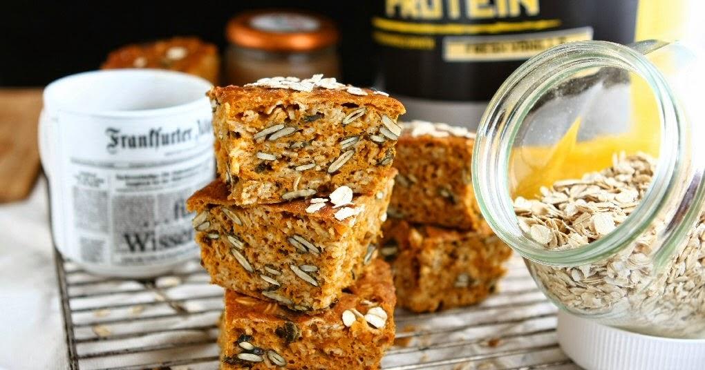 Gluten Free Pumpkin Protein Oat Bars with Applesauce