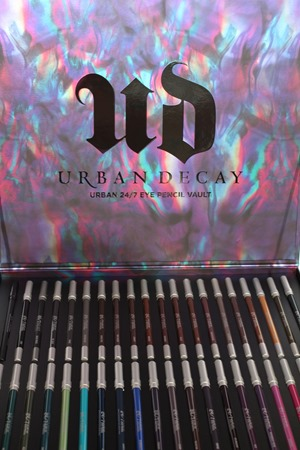 UrbanDecay247EyePencilVault32