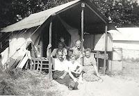 Groeneweg, Cornelis, Cornelia, Cornelis, Sjaak en Kooij, Geertruida Oostvoorne a 1949.jpg