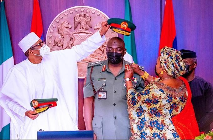 President Buhari Decorates The New Service Chiefs (Photos)