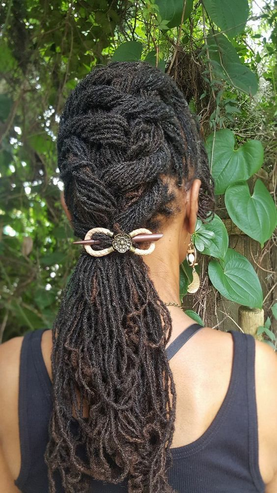 BEAUTIFUL HAIR ACCESSORIES LOOK FOR SOUTH AFRICAN WOMEN 8