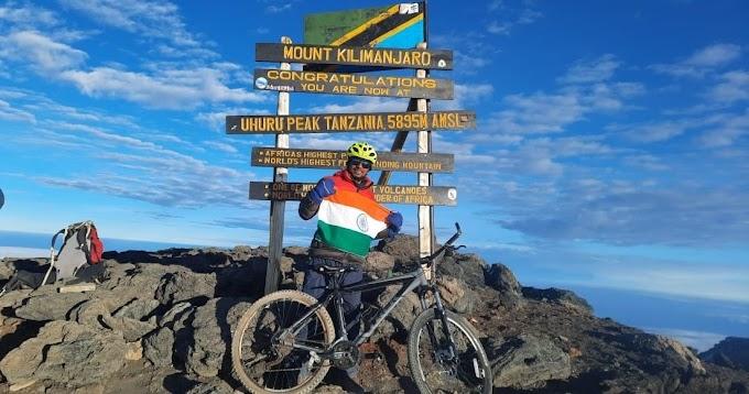 """गोरखपुर के लाल ने """"माउंट किलिमंजारो"""" पर साइकिल से चढ़ाई कर बनाया नया रिकॉर्ड"""