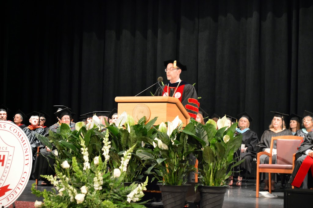 UA Hope-Texarkana Graduation 2014 - DSC_5010.JPG