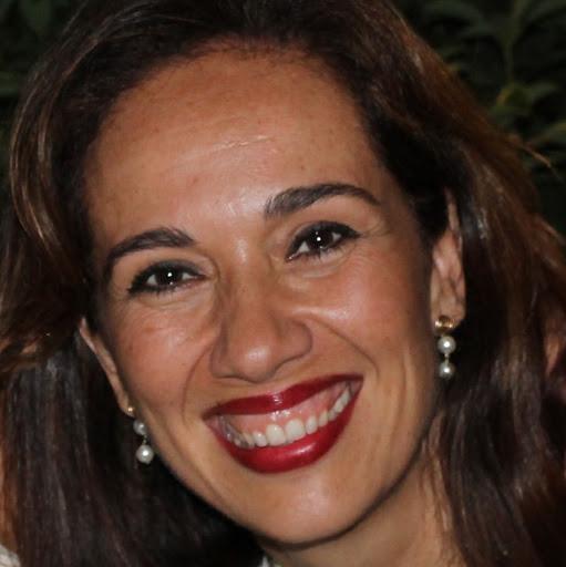 Carmen Cruz Photo 24