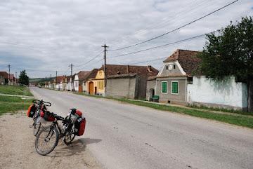 Das Siebenbürger Straßendorf Cata