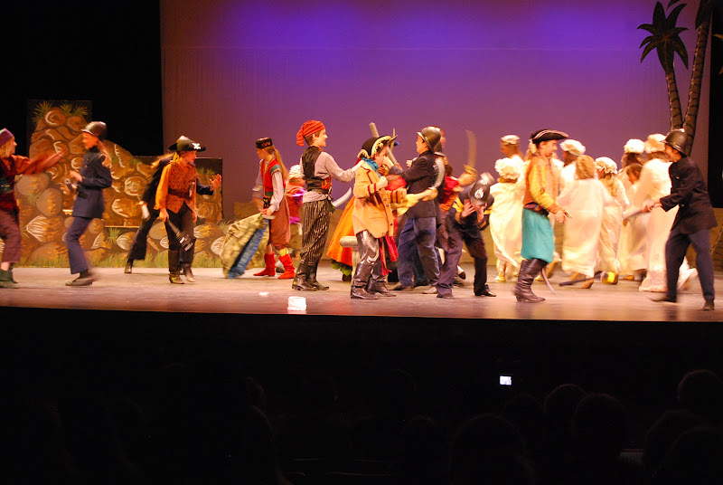 2012PiratesofPenzance - DSC_5951.JPG