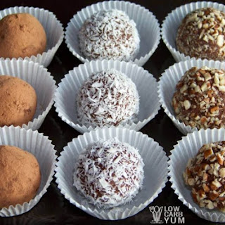 Chocolate Cream Cheese Truffles - Low Carb.