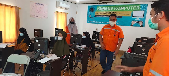 Arutmin Cetak Pemuda Kintap Andal Komputer