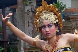 10 destinasi wisata populer di indonesia
