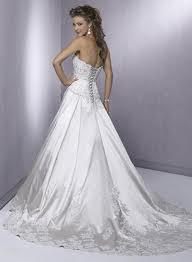 Corset Wedding Dress For That Elusive Beautiful Looks