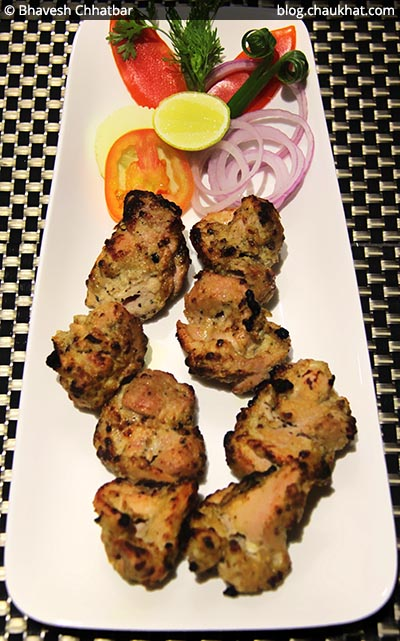 Murg Kali Mirch at SocialClinic Restobar in Koregaon Park area of Pune