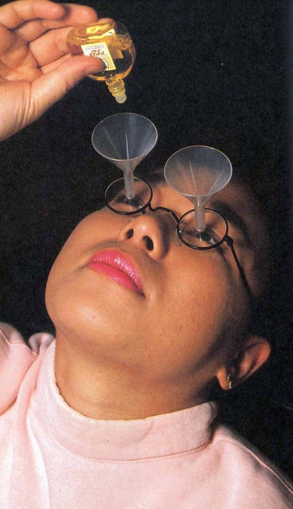 chindogu-eyedrop-funnel-glasses-1