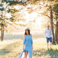 Wedding photographer Viktoriya Antropova (happyhappy). Photo of 23.08.2018