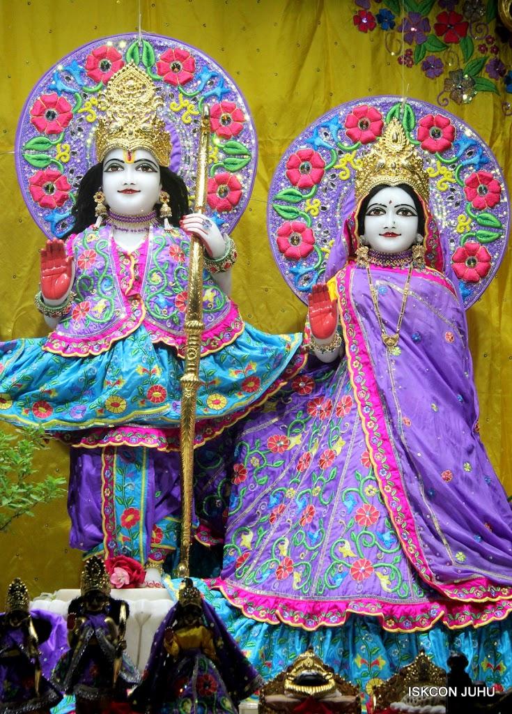 ISKCON Juhu Mangal Deity Darshan on 10th July 2016 (11)