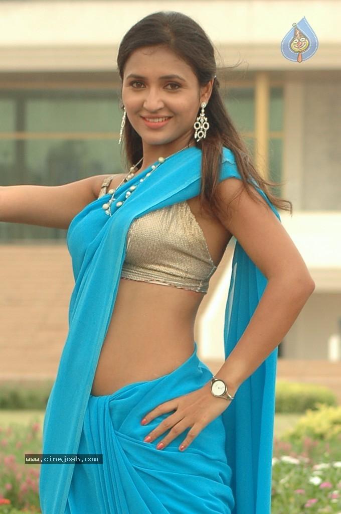 Telugu actress sarayu spicy show in blue saree ~ NEXUS