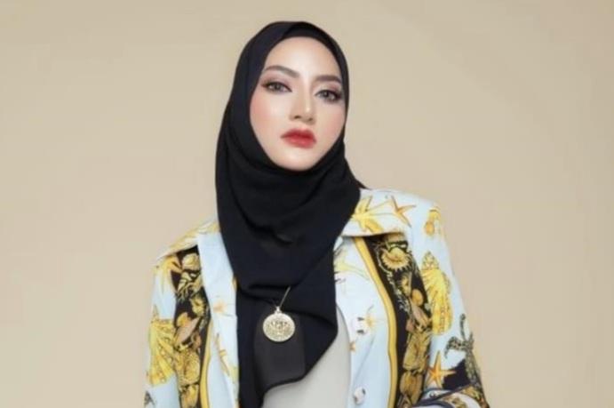 Cerita Santika Putri Sharavasti Yudoasmara Tekuni Bisnis Kosmetik