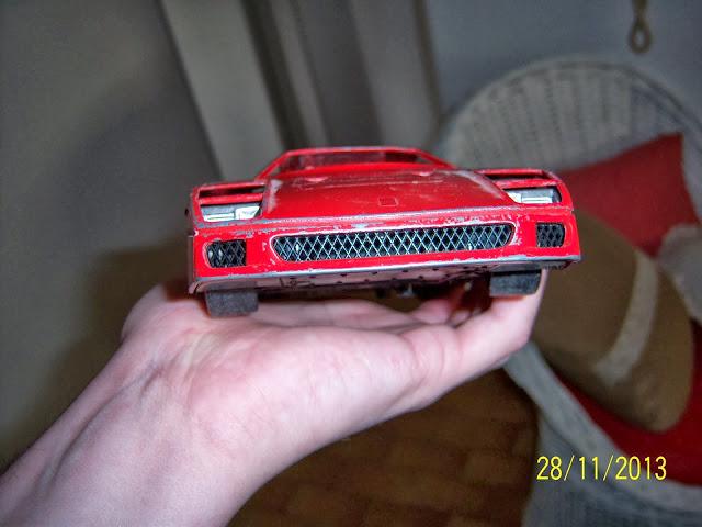 Ferrari F40 diecast 100_2920