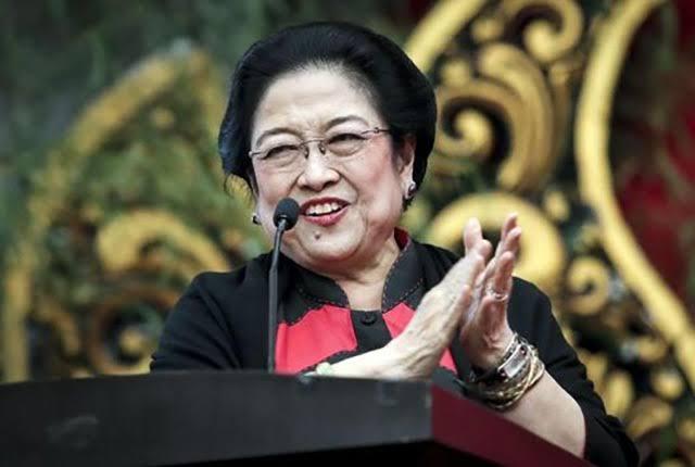 Megawati Akan Nyapres Jika Kisruh Internal Tidak Selesai, dan Dapat Sokongan dari Jokowi