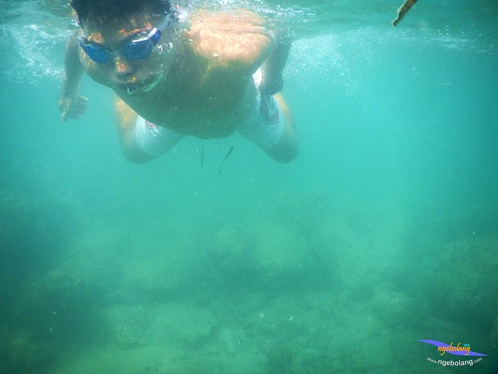family trip pulau pari 140716 Nikon 36