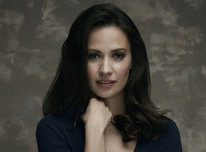 Kristen Gutoskie Profile pictures, Dp Images, Display pics collection for whatsapp, Facebook, Instagram, Pinterest, Hi5.