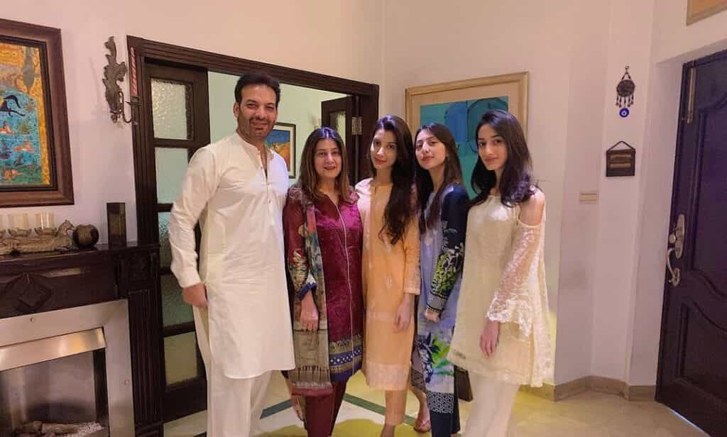 Saleem Sheikh family