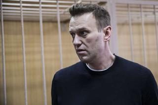 Haverá consequências à Rússia se Navalny morrer, diz Casa Branca