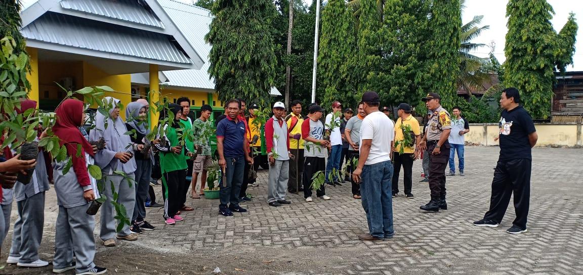 Refleksi 4 Tahun Kepemimpinan AKAR, Pemerintah Kecamatan Ganra Gelar Tanam Pohon