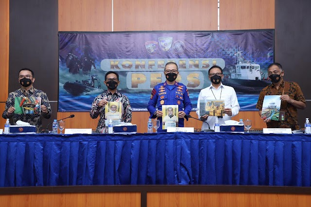 Ditpolair Korpolairud Baharkam Polri Tangkap Penyalahgunaan Bbm 21,5 Ton Milik Pertamina di Tuban