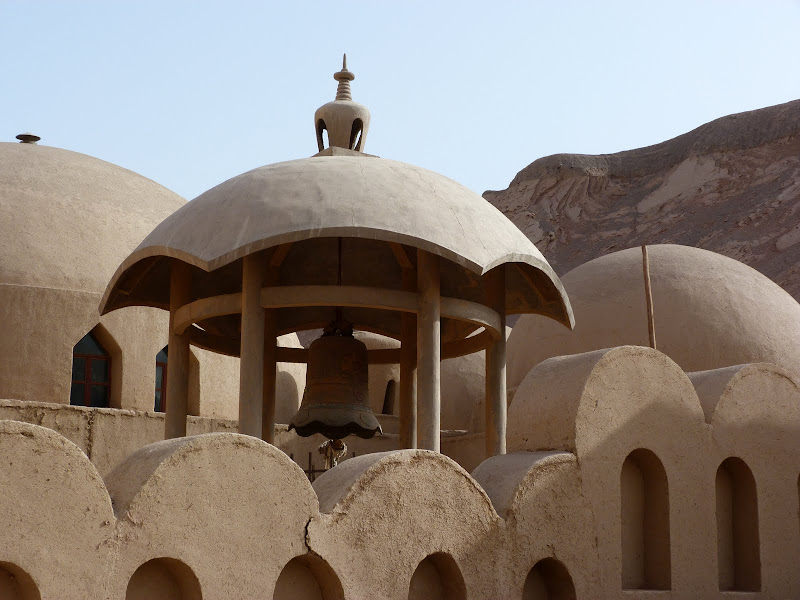 XINJIANG.  Turpan. Ancient city of Jiaohe, Flaming Mountains, Karez, Bezelik Thousand Budda caves - P1270983.JPG