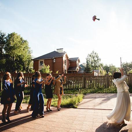 Wedding photographer Anna Bukhtoyarova (Skorpyanka). Photo of 11.09.2017