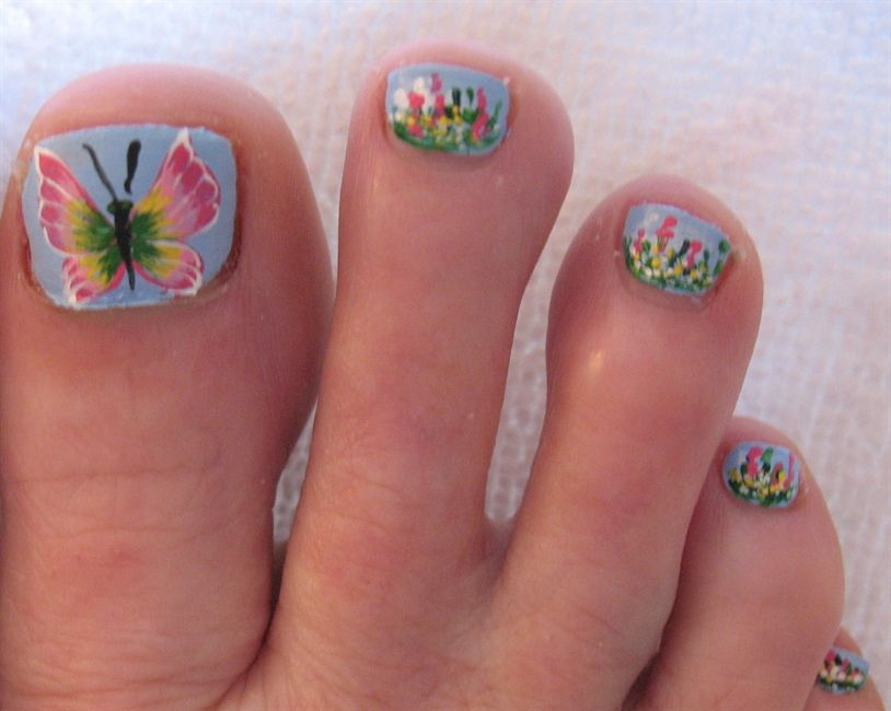CREATIVE TOE NAIL ART DESIGNS FOR SUMMER 2019 8